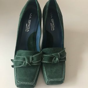 Via Spiga Aggie Suede Loafer Pump, size 6M,